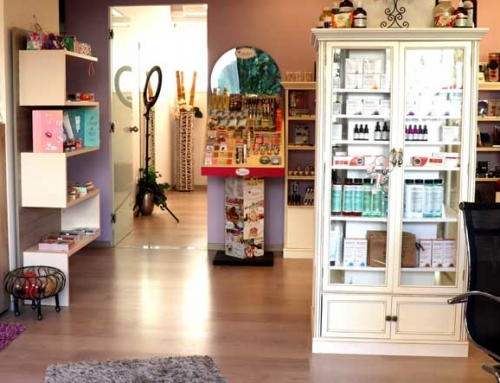 Chic Beauty Salon  Αθηνά Καλογεροπούλου στην Μπελούση (βίντεο)