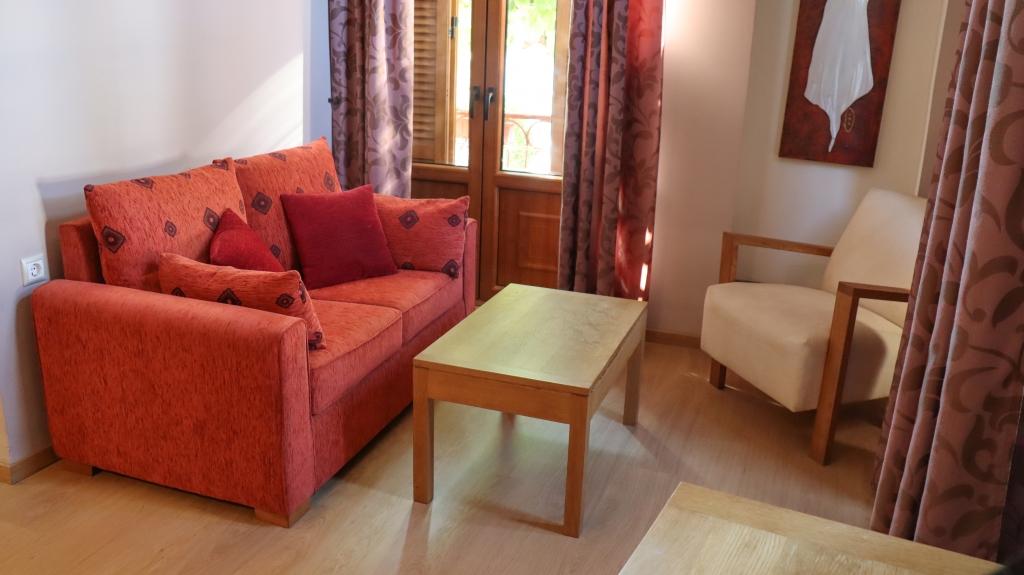 Hotel Ακταίον στα Λουτρά Αιδηψού